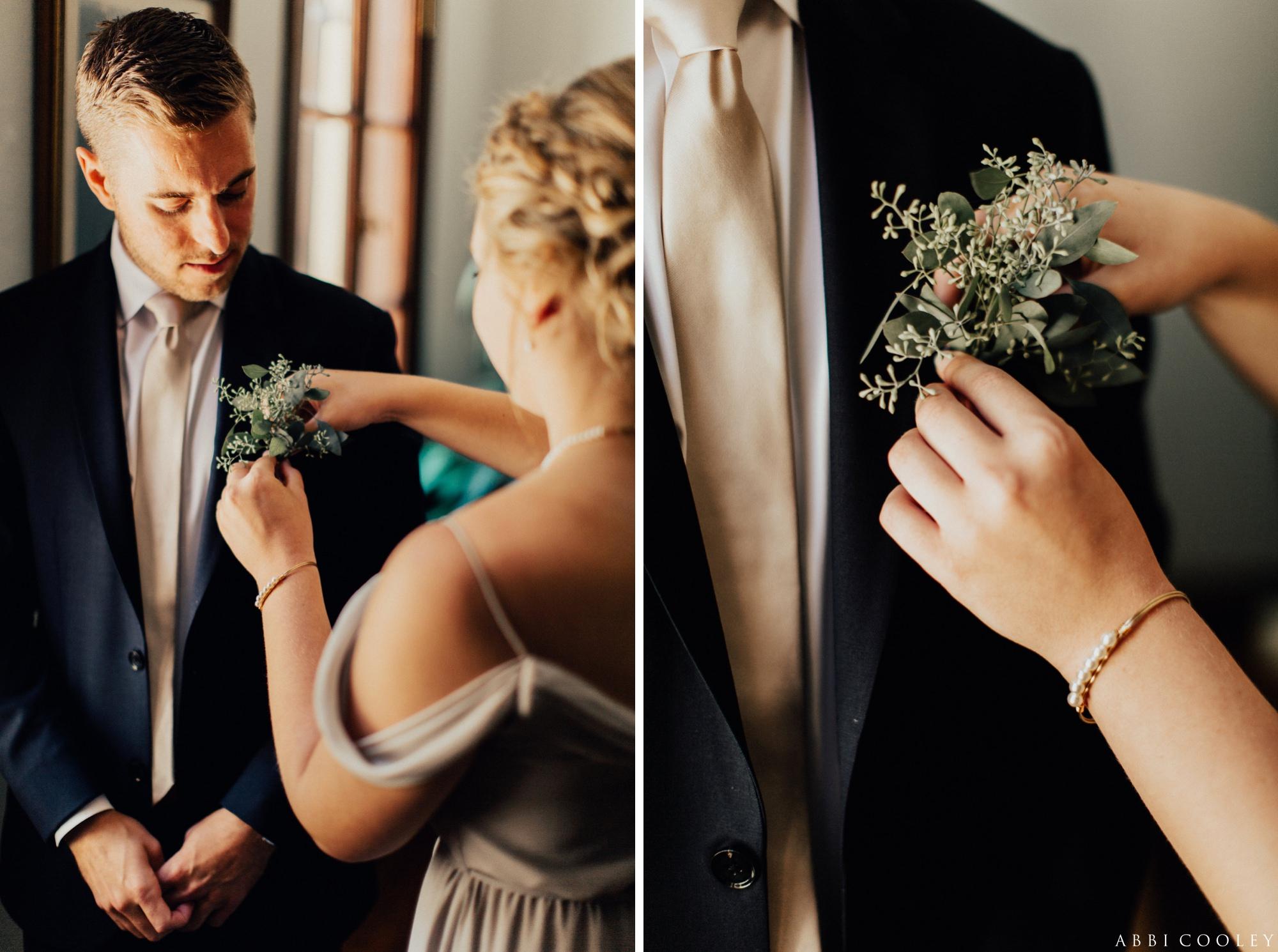grooms boutonniere Oak Hill Farms Wedding