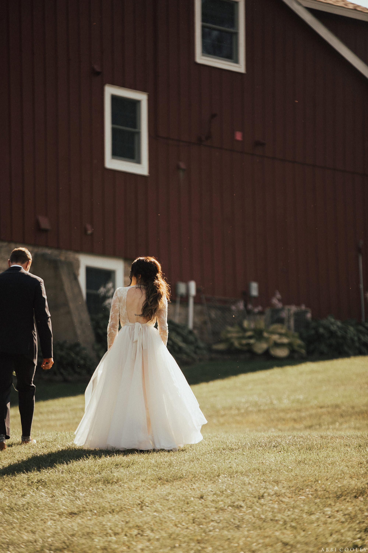 Farm house wedding Oak Hill Farms Wedding