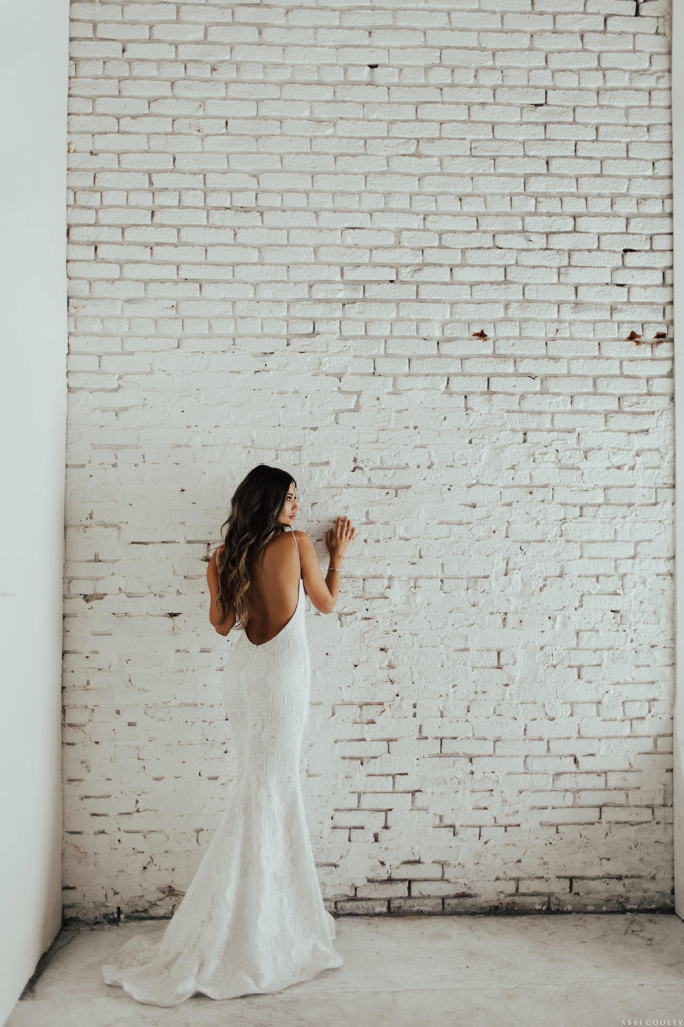 backless dress Katie May 2017 Lookbook