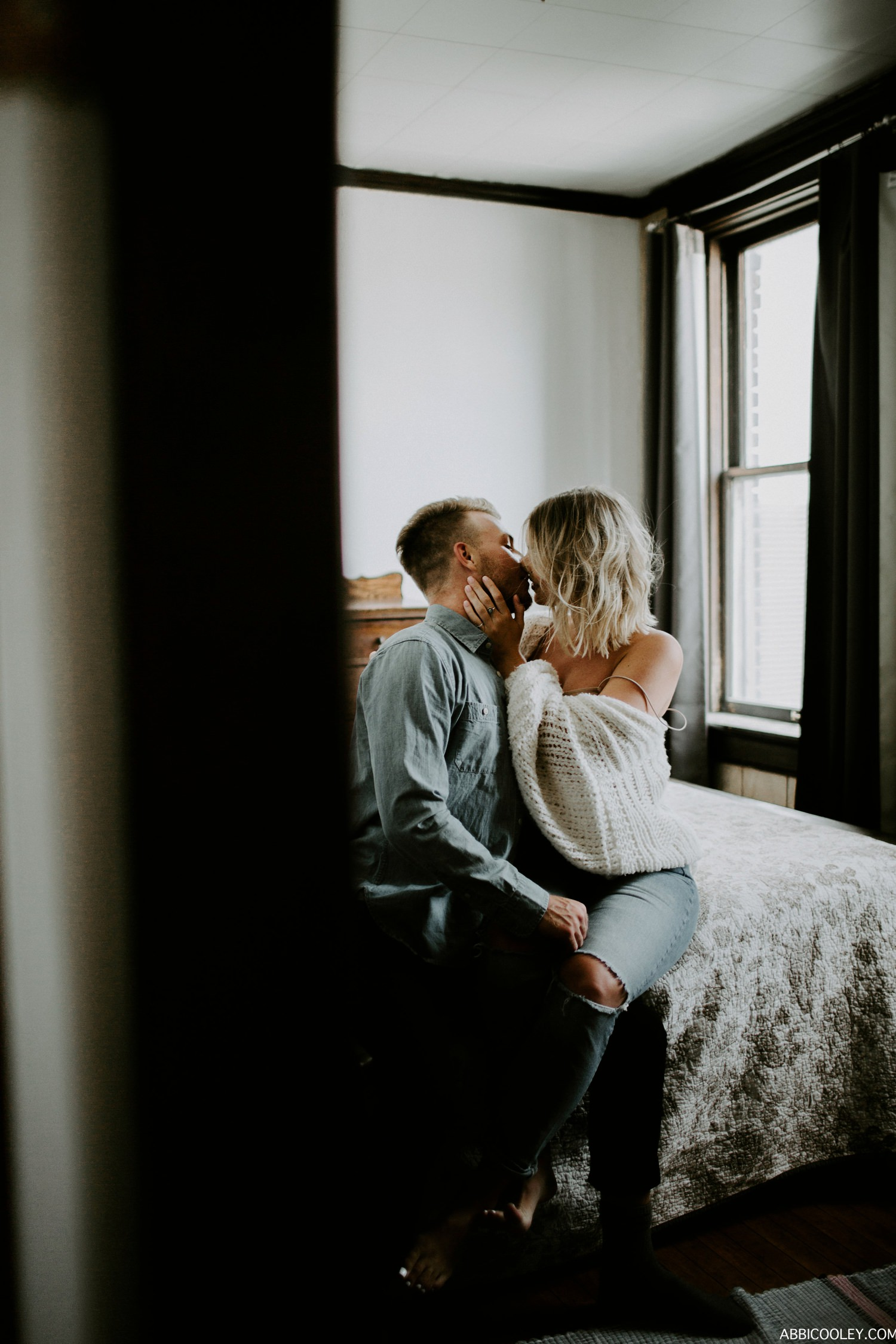 chunky women sweater Waterloo Iowa in home engagement photos || Abbi Cooley