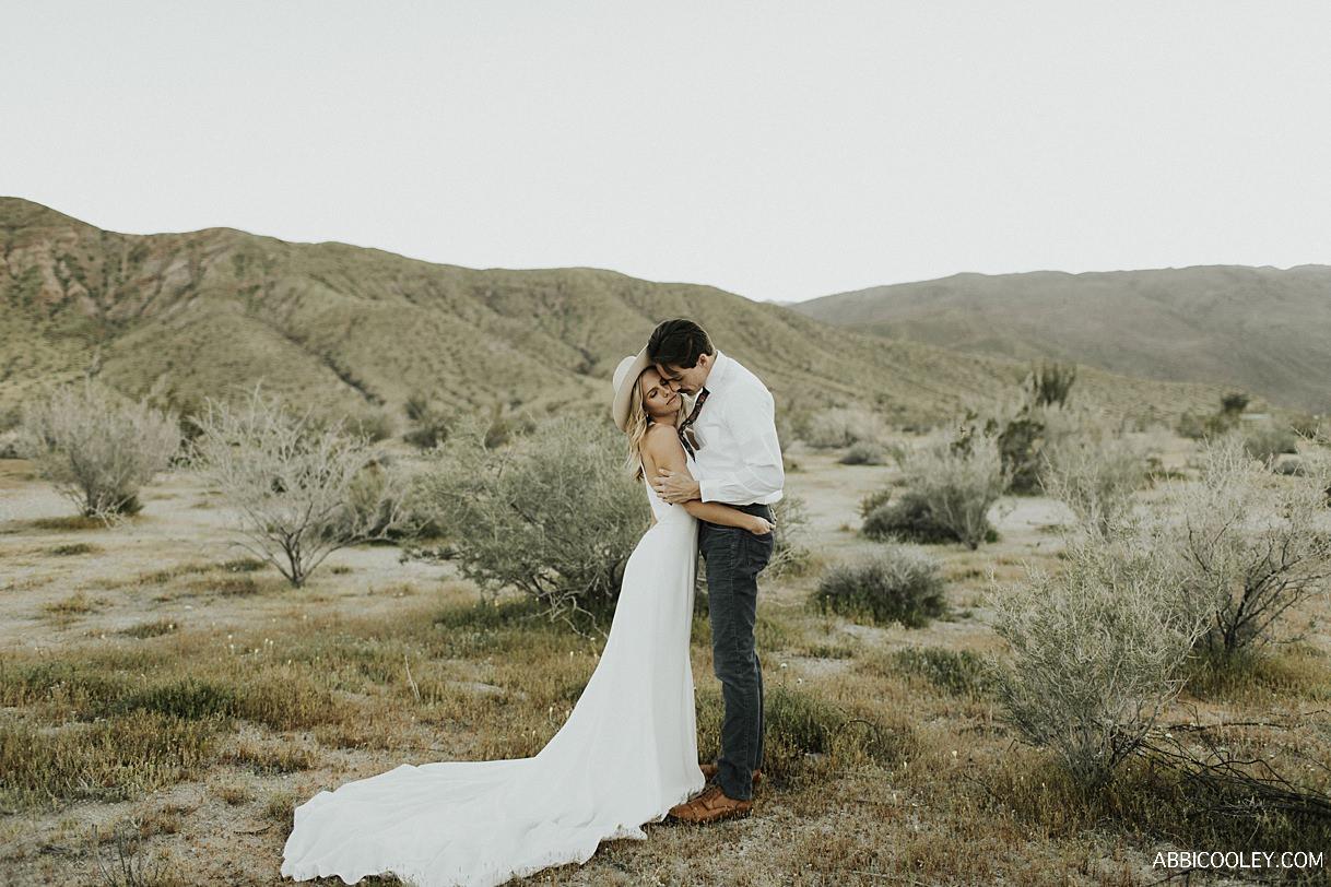 intimate desert elopement